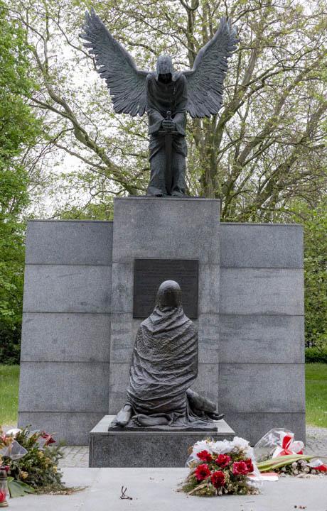 Wrocław Pomnik Ofiar Zbrodni Katyńskiej
