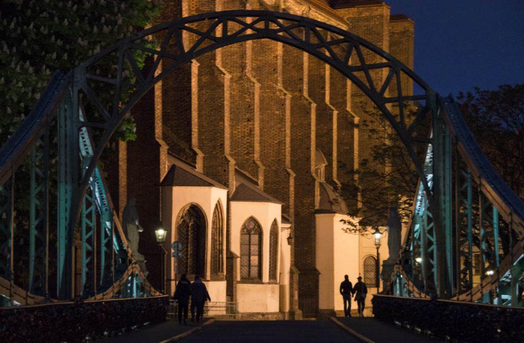 Most Tumski nocą