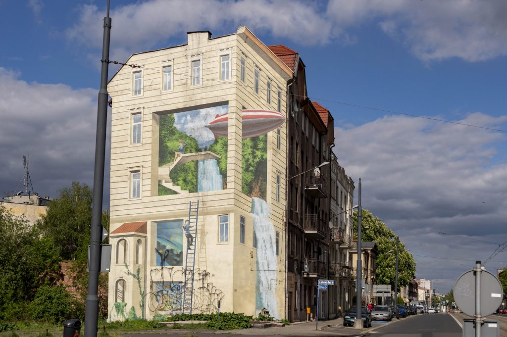 Katowice mural ze sterowcem