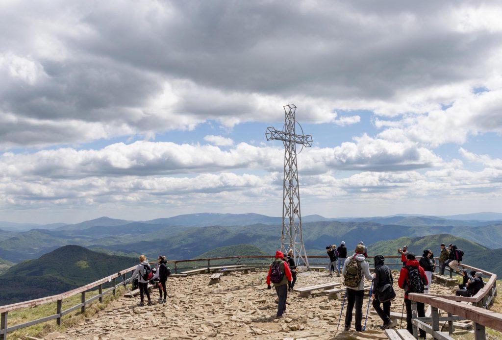 Krzyż na szczycie Tarnicy, Bieszczady