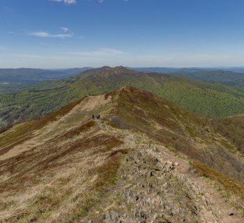 Połonina Wetlińska i Połonina Caryńska. Zobacz szlaki przez najpiękniejsze połoniny Bieszczadów!